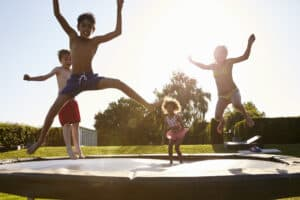 sjovt tilbehør til trampolin legen